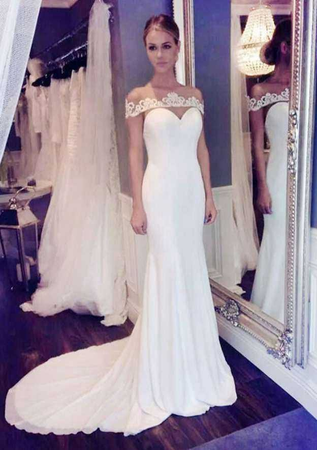 Trumpet/Mermaid Bateau Sleeveless Court Train Chiffon Wedding Dress With Appliqued