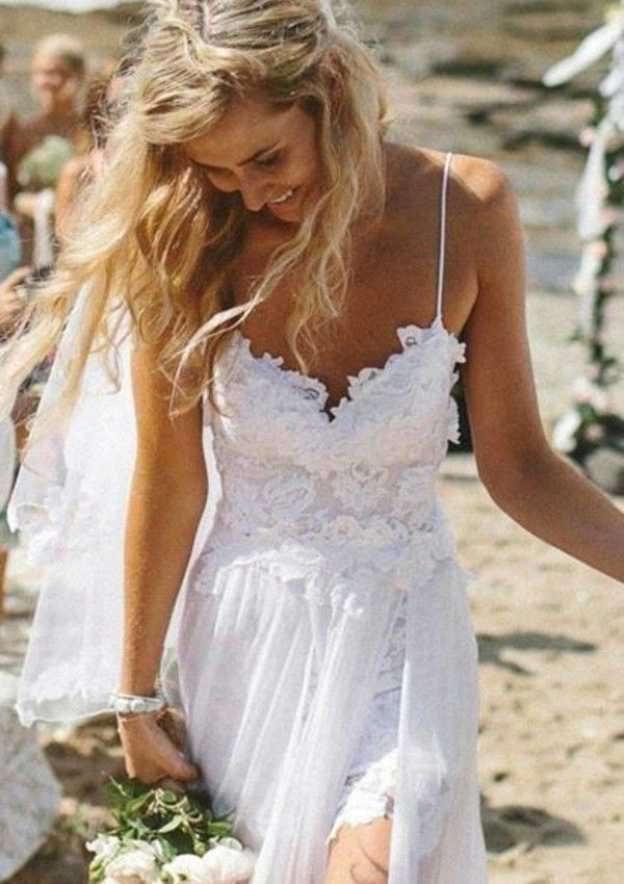 A-Line/Princess Sweetheart Sleeveless Sweep Train Chiffon Wedding Dress With Appliqued Lace