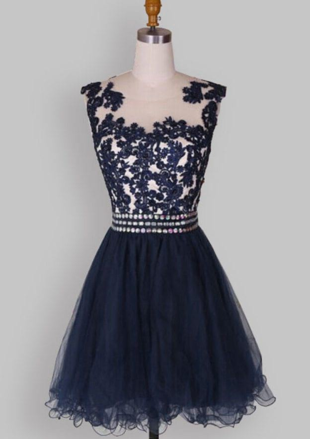 A-Line/Princess Scoop Neck Sleeveless Short/Mini Organza Homecoming Dress With Lace Crystal
