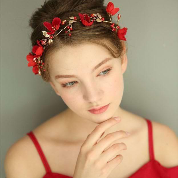 Ladies Beautiful/Elegant Alloy/Silk Flower With Crystal Headbands (Sold in single piece)