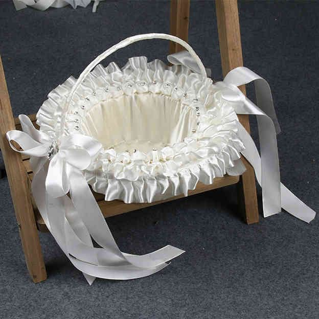 Romantic Flower Basket in Satin With Bowknot