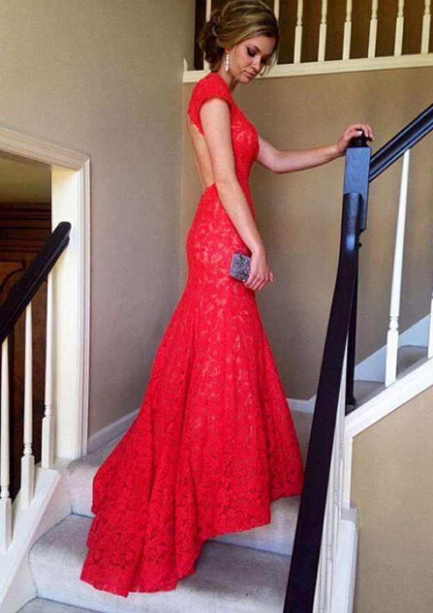 Sheath/Column Short Sleeve Sweep Train Lace Prom Dress With Appliqued