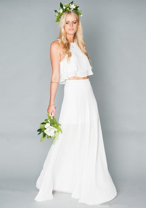 A-Line/Princess Scoop Neck Sleeveless Long/Floor-Length Chiffon Bridesmaid Dress