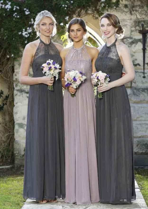 A-Line/Princess Halter Sleeveless Long/Floor-Length Chiffon Bridesmaid Dresses With Lace