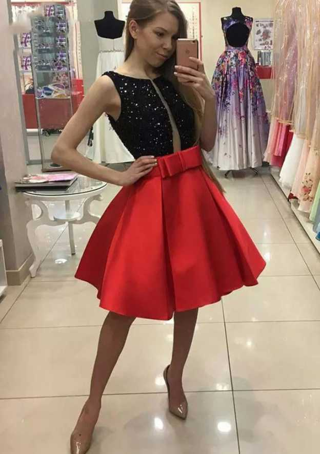 A-Line/Princess Bateau Sleeveless Knee-Length Satin Homecoming Dress With Bowknot Sequins