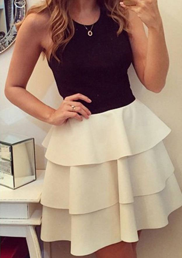 A-Line/Princess Scoop Neck Sleeveless Short/Mini Satin Homecoming Dress With Ruffles
