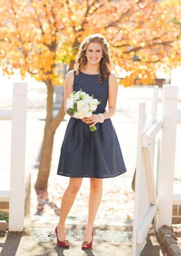 A-Line/Princess Bateau Sleeveless Short/Mini Chiffon Bridesmaid Dresses