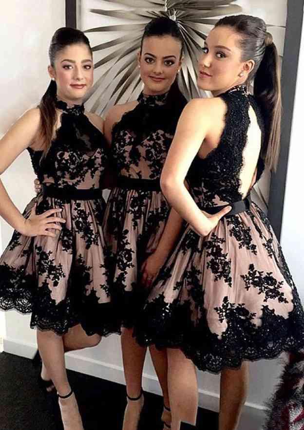 A-Line/Princess Scoop Neck Sleeveless Short/Mini Lace Bridesmaid Dress