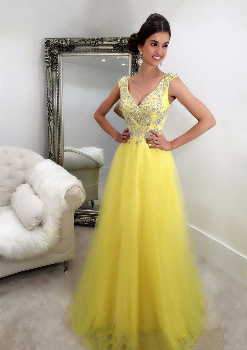 A-Line/Princess V Neck Sleeveless Sweep Train Tulle Prom Dress With Beading