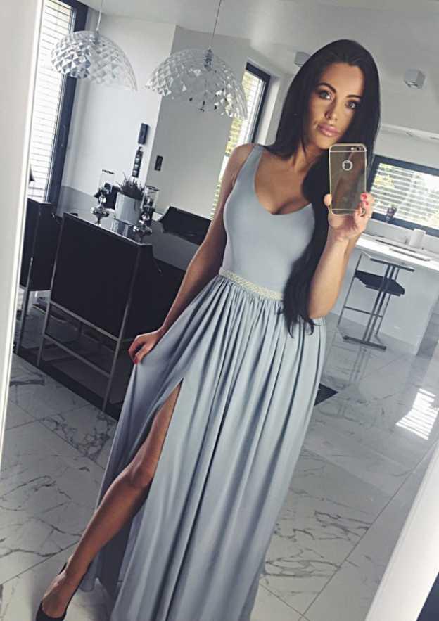 A-Line/Princess Scoop Neck Sleeveless Long/Floor-Length Chiffon Prom Dress With Split Pleated Waistband