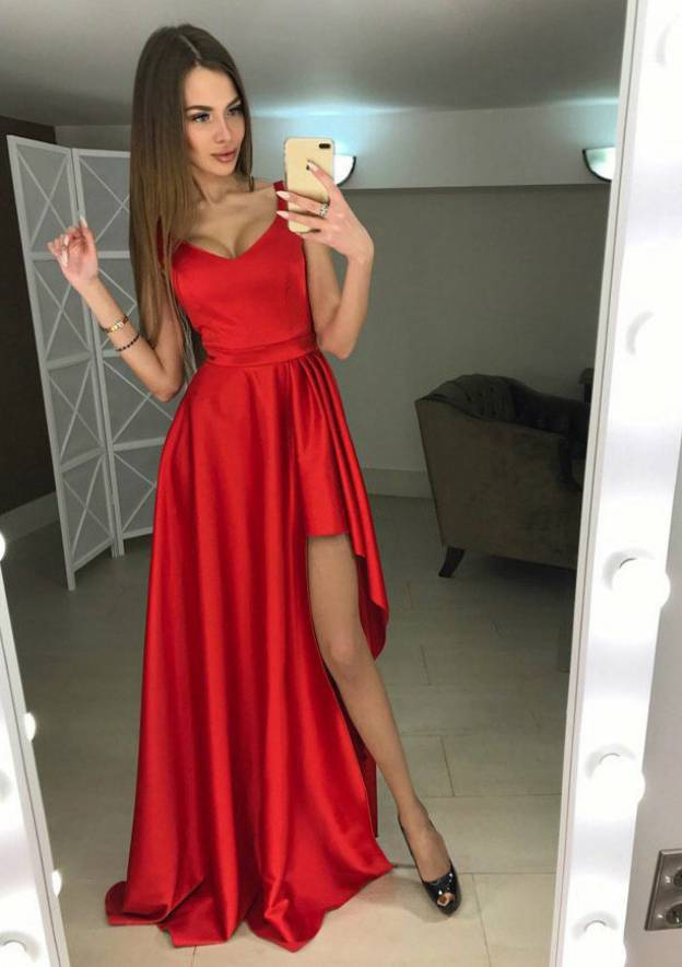 A-Line/Princess V Neck Sleeveless Long/Floor-Length Charmeuse Prom Dress With Split