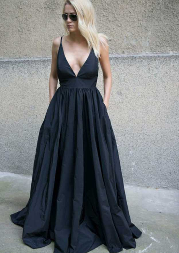 A-Line/Princess V Neck Sleeveless Sweep Train Taffeta Prom Dress