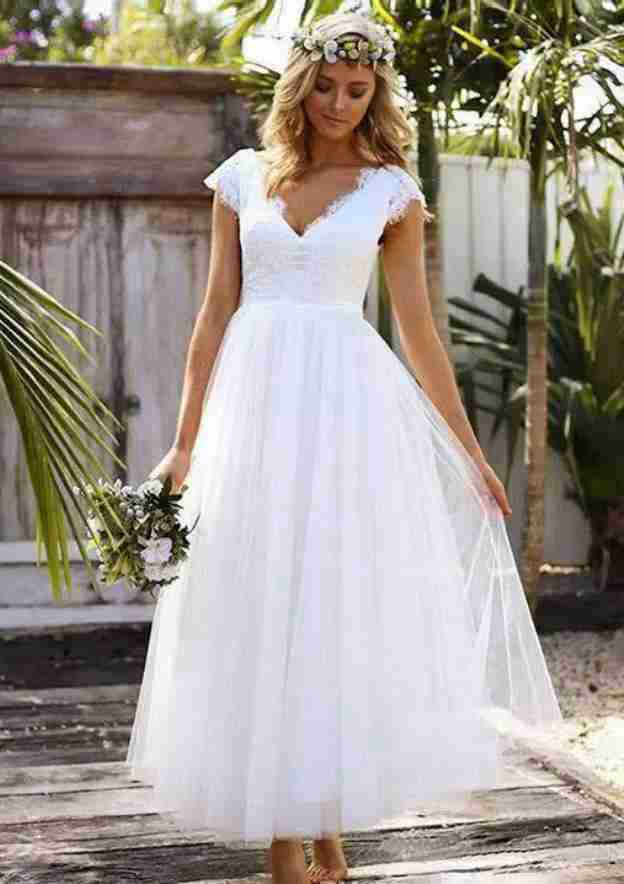 A-Line/Princess Scalloped Neck Sleeveless Ankle-Length Tulle Wedding Dress With Lace