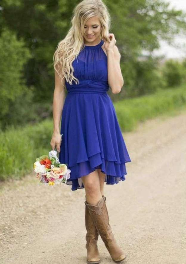 A-Line/Princess Scoop Neck Sleeveless Knee-Length Chiffon Bridesmaid Dress With Pleated
