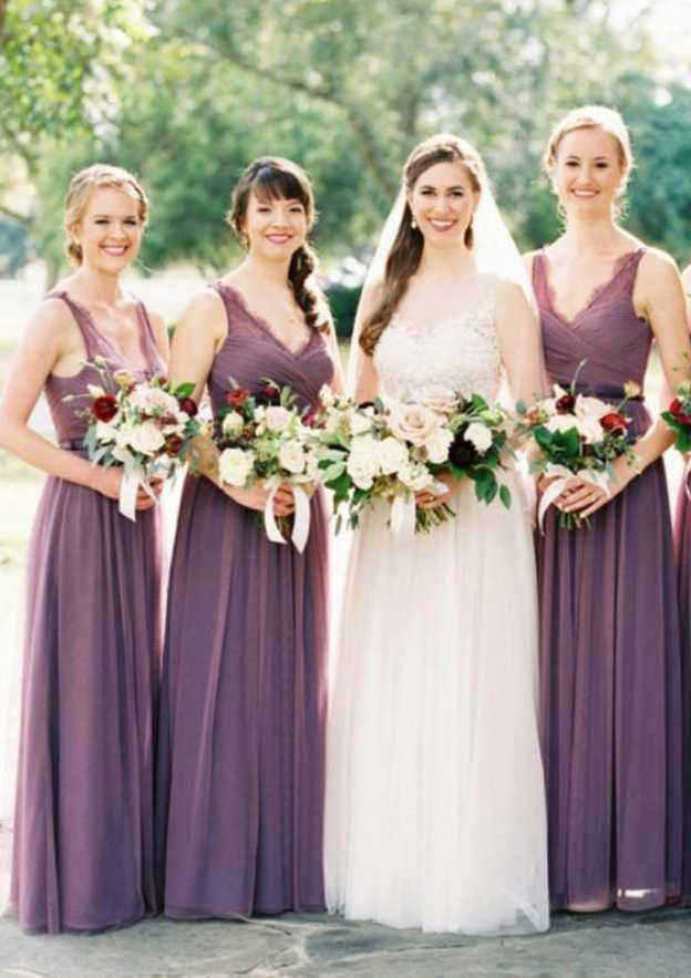 A-Line/Princess V Neck Sleeveless Long/Floor-Length Tulle Bridesmaid Dresses With Lace Pleated