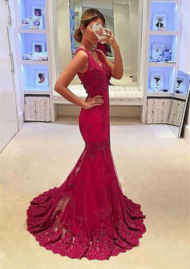 Trumpet/Mermaid V Neck Sleeveless Sweep Train Lace Prom Dress With Pleated Appliqued