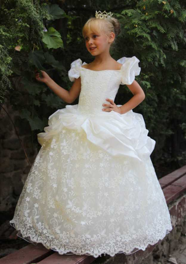 A-Line/Princess Off-The-Shoulder Sleeveless Long/Floor-Length Lace Flower Girl Dress With Ruffles