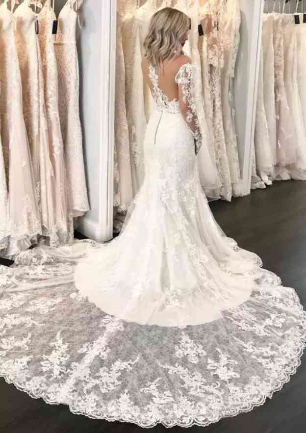 Trumpet/Mermaid Off-The-Shoulder Full/Long Sleeve Chapel Train Lace Wedding Dress With Appliqued