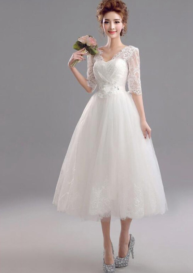 A-Line/Princess V Neck Half Sleeve Tea-Length Tulle Wedding Dress With Lace