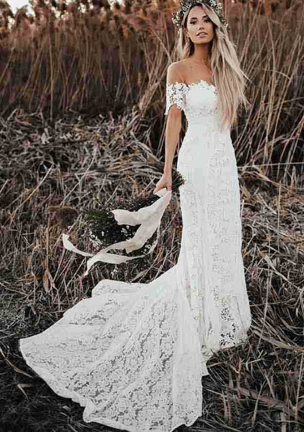 Trumpet/Mermaid Scalloped Neck Short Sleeve Court Train Lace Wedding Dress