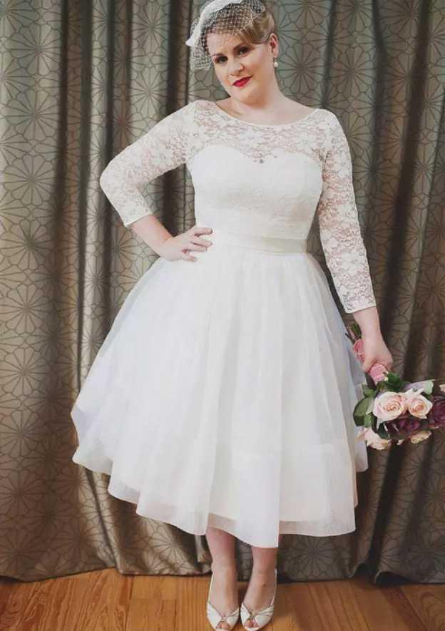 Ball Gown Bateau 3/4 Sleeve Tea-Length Tulle Wedding Dress With Lace