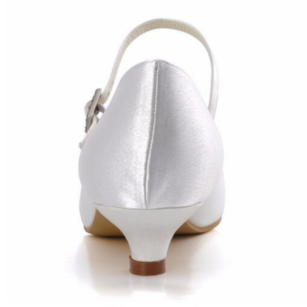 Close Toe Wedding Shoes Round Toe Kitten Heel Suede Wedding Shoes With Buckle Rhinestone