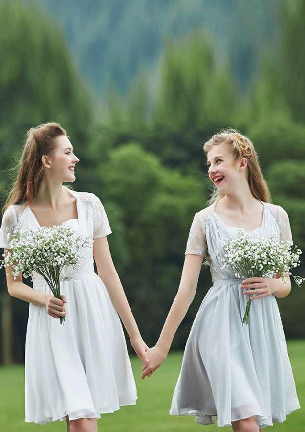 A-Line/Princess Scalloped Neck Short Sleeve Short/Mini Chiffon Bridesmaid Dresses With Lace