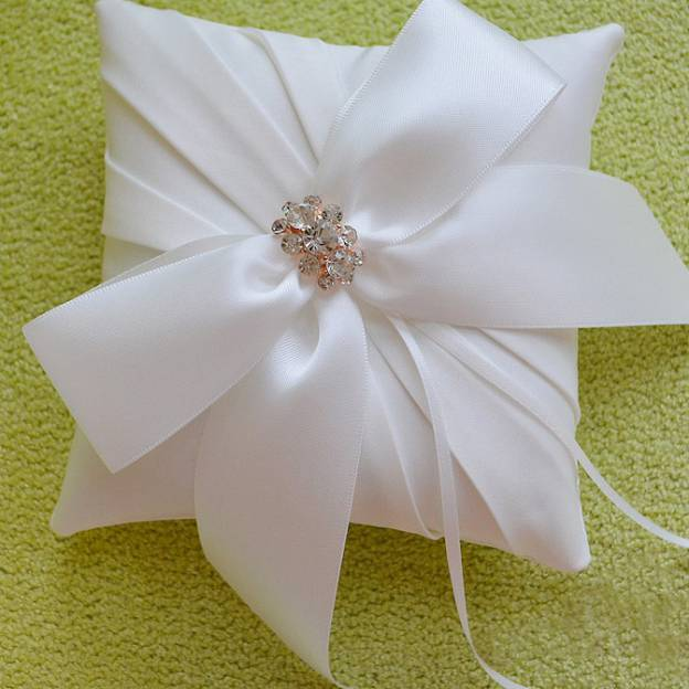 Wedding As Picture Satin Ring Pillows With Rhinestone Bowknot Ribbons