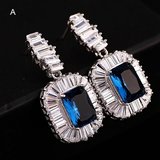 Alloy Irregular Pierced Fashion Earrings With Rhinestones