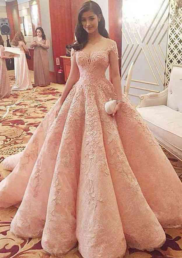Ball Gown Bateau Short Sleeve Chapel Train Lace Prom Dress With Pleated