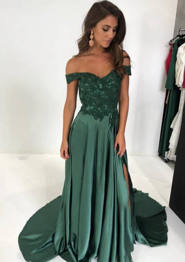 A-Line/Princess Off-The-Shoulder Sleeveless Court Train Charmeuse Evening Dress With Split Appliqued Pleated