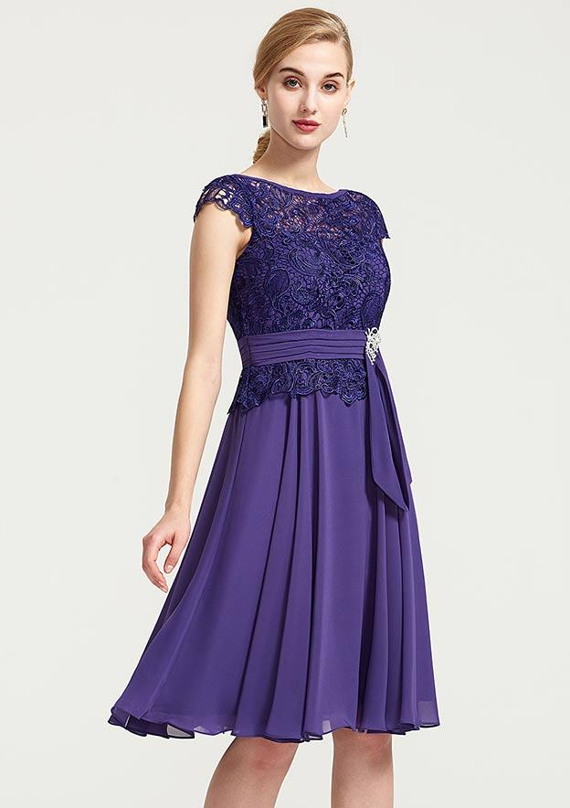 A-Line/Princess Bateau Sleeveless Knee-Length Chiffon Bridesmaid Dress With Rhinestone Appliqued Sashes