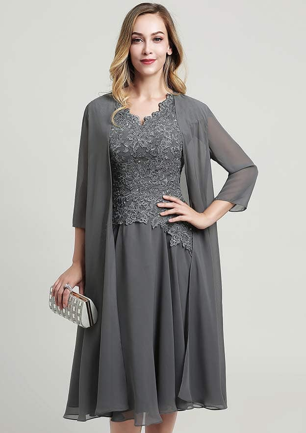 A-line/Princess V Neck Short Sleeve Knee-Length Chiffon Mother of the Bride Dress With Jacket Beading Lace