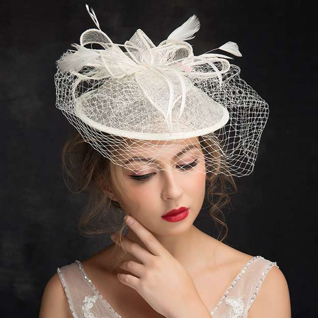 Ladies' Pretty/Elegant Net Yarn Cambric Fascinators With Feather Flower