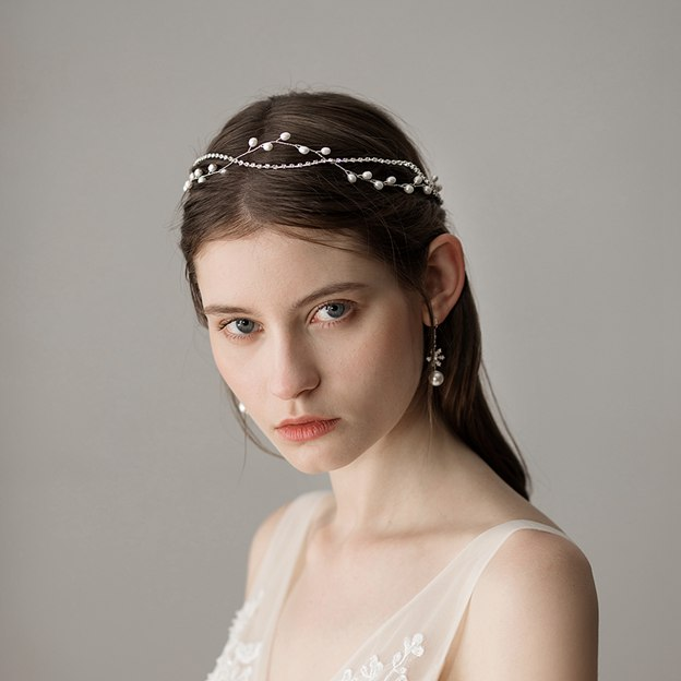 Ladies Beautiful/Elegant Imitation Pearls With Venetian Pearl Headbands (Sold in single piece)