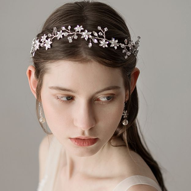 Ladies Elegant/Pretty Alloy With Beads Rhinestone Headbands (Sold in single piece)