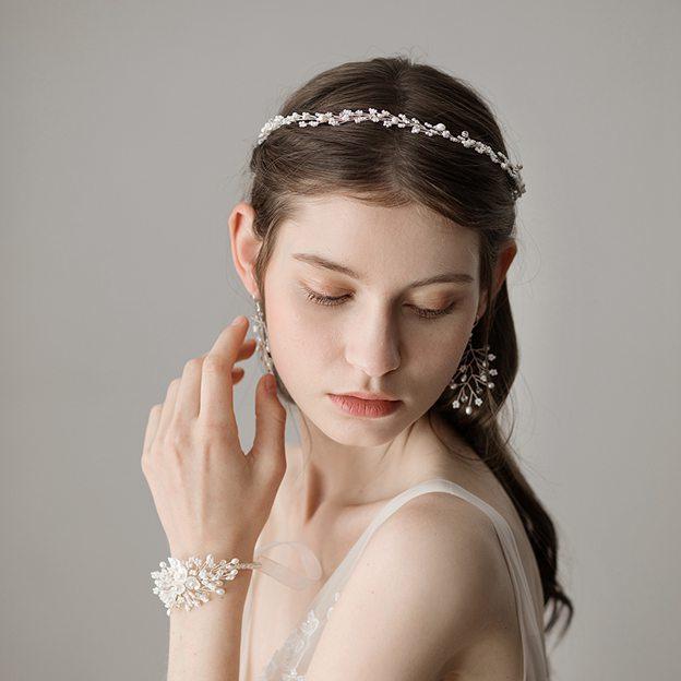 Ladies Beautiful/Elegant Freshwater Pearl With Venetian Pearl Headbands (Set of 4)