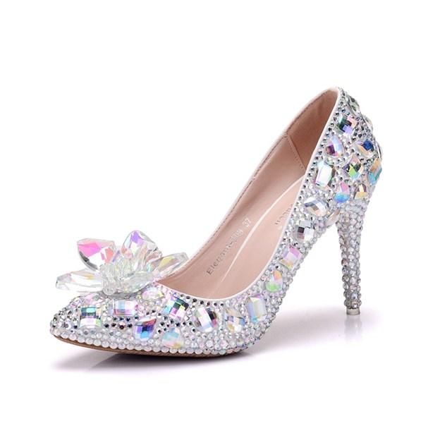 Women's PU With Flowers/Crystal Heel/Crystal Heels Close Toe Shoes