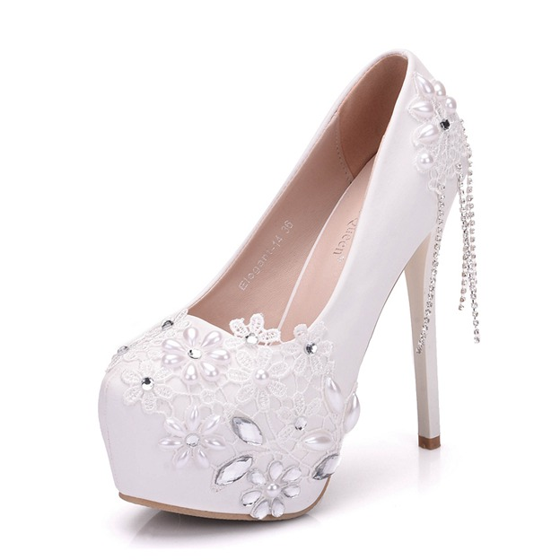 Women's PU With Rhinestone/Imitation Pearl/Appliqued Close Toe Heels Wedding Shoes
