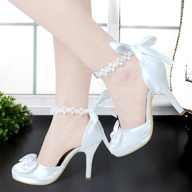 Women's Satin With Imitation Pearl/Bowknot/Ankle Strap Heels Close Toe Shoes