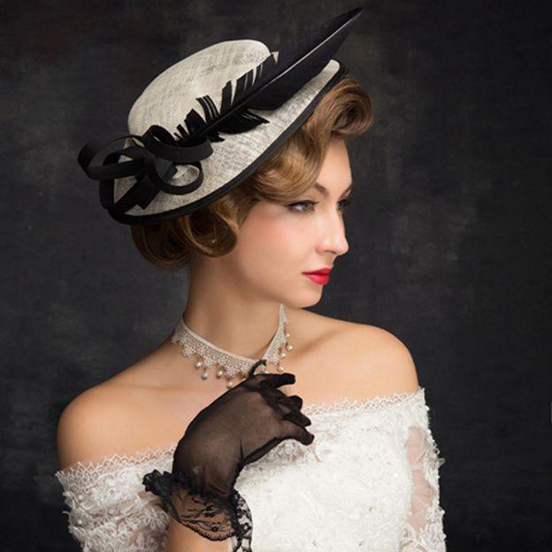 Ladies' Elegant/Simple Cambric Fascinators With Feather