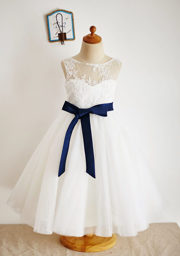 A-line/Princess Knee-Length Illusion Neck Lace/Tulle Flower Girl Dress With Sashes
