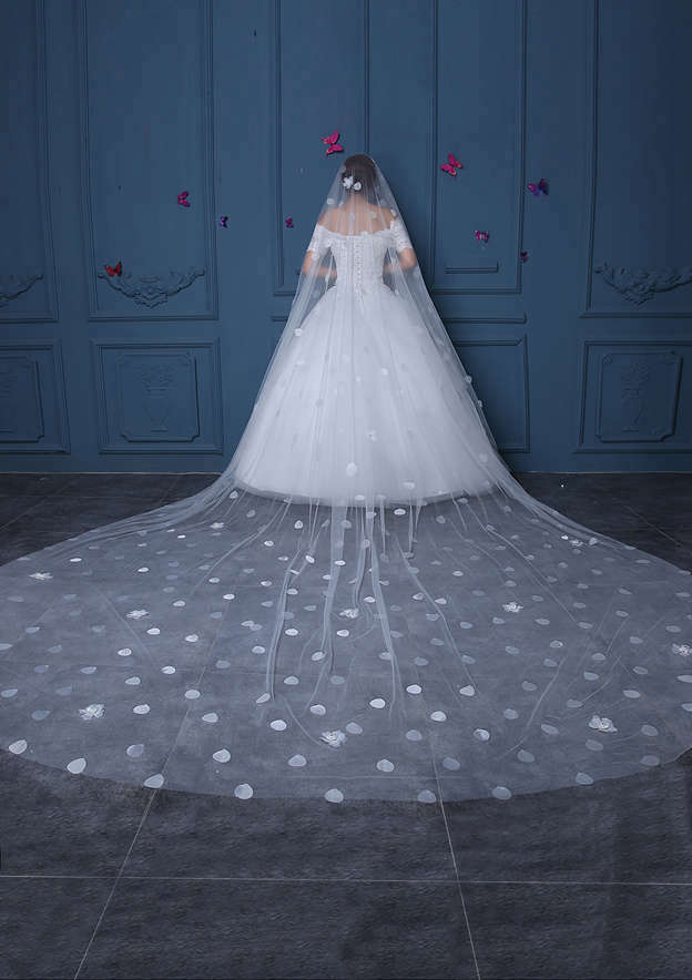 One-tier Tulle Cathedral Bridal Veils With Petal/Flower