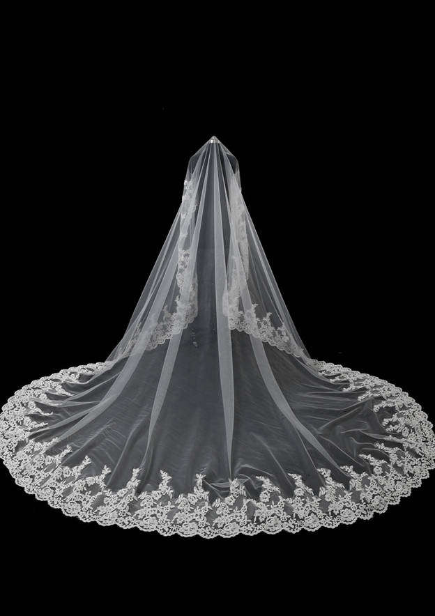 One-tier Lace Applique Edge Tulle Chapel Bridal Veils