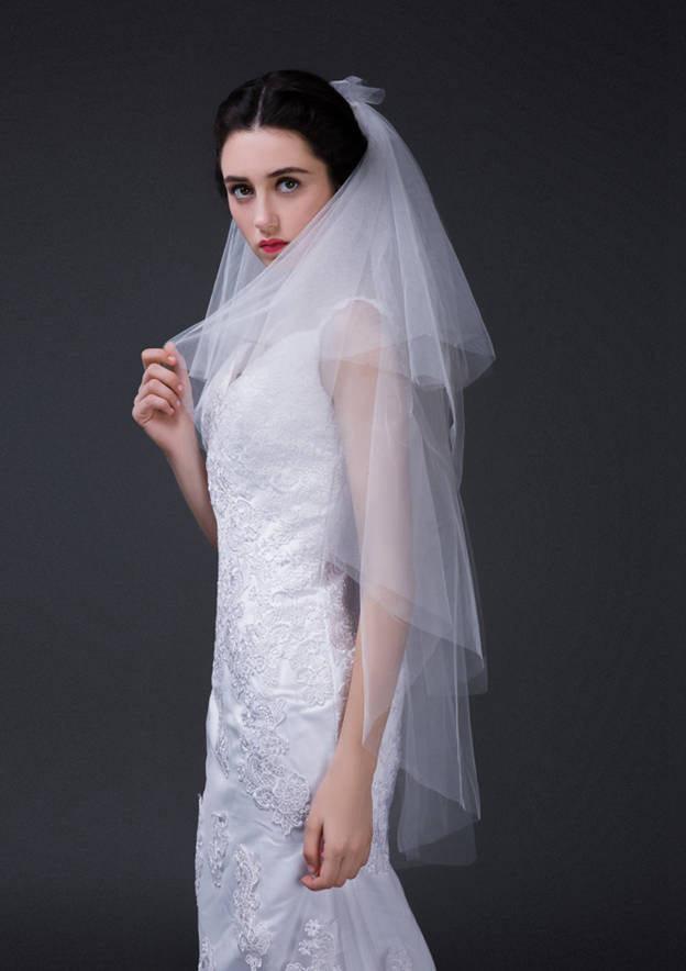 Four-tier Tulle Fingertip Bridal Veils