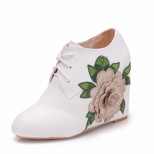 Women's PU With Flowers Wedges Fashion Shoes