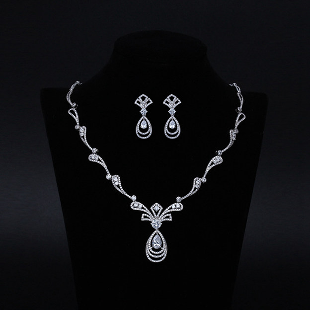 Women's Gorgeous Silver Jewelry Sets With Rhinestone For Bride